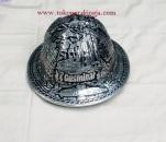 helm ukir, helm tatah, helm perak, pengrajin helm kotagede, hard hats, toko helm, petro china, rig