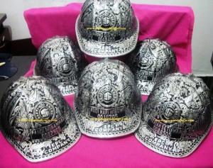 shaftindo energi, Helm ukir perak, helm ukir, helm tatah, pengrajin helm ukir kotagede, kerajinan helm ukir kotagede. toko helm perak, helm ukir silver, helm ukir tembaga, helm ukir kuningan, helm ukir alumunium, engraved hard hat, engraved hard hat for sale, engraved aluminum hard hat, brass hard hats, copper hard hats, engraved silver hard hat, personalized hard hats, carved hard hat, Carved helmet, hand carved hard hats, engraved hard hats indonesia, Silver carving helmet, custom hard hat, helm ukir pertambangan laut, helm ukir pertambangan darat, helm ukir pertambangan gas, helm tambang, helm ukir pertambangan batubara