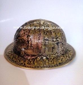 exxonmobil, Helm ukir perak, helm ukir, helm tatah, pengrajin helm ukir kotagede, toko helm perak, helm ukir silver, helm tembaga, helm kuningan, helm alumunium, engraved hard hats, engraved hard hat for sale, engraved aluminum hard hat, brass hard hats, copper hard hats, engraved silver hard hat, personalized hard hats, carved hard hats, Carved helmet, hand carved hard hats, engraved hard hats indonesia, Silver carving helmet, custom hard hat, helm ukir pertambangan laut, helm ukir pertambangan darat, helm ukir pertambangan gas, helm tambang, helm ukir pertambangan batubara