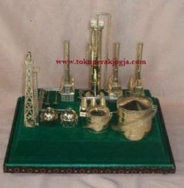 miniatur silver kotagede, pertamina, souvenir pertambangan