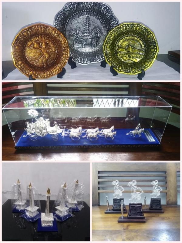 miniatur silver kotagede, miniatur perak kotagede, kerajinan miniatur kotagede, miniatur silver viligri, maket dari perak silver, replika dari perak / silver