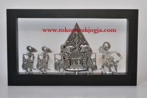 miniatur wayang, souvenir, souvenir wayang, souvenir seminar, souvenir pensiun, tempat bolpoin, tempat tissue, jam meja, pigura wayang