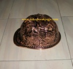 Helm ukir perak, helm ukir, helm tatah, pengrajin helm ukir kotagede, kerajinan helm ukir kotagede. toko helm perak, helm ukir silver, helm ukir tembaga, helm ukir kuningan, helm ukir alumunium, engraved hard hat, engraved hard hat for sale, engraved aluminum hard hat, brass hard hats, copper hard hats, engraved silver hard hat, personalized hard hats, carved hard hat, Carved helmet, hand carved hard hats, engraved hard hats indonesia, Silver carving helmet, custom hard hat, helm ukir pertambangan laut, helm ukir pertambangan darat, helm ukir pertambangan gas, helm tambang