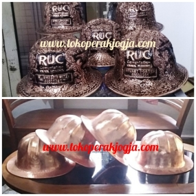 ruc, Helm ukir perak, helm ukir, helm tatah, pengrajin helm ukir kotagede, kerajinan helm ukir kotagede. toko helm perak, helm ukir silver, helm ukir tembaga, helm ukir kuningan, helm ukir alumunium, engraved hard hat, engraved hard hat for sale, engraved aluminum hard hat, brass hard hats, copper hard hats, engraved silver hard hat, personalized hard hats, carved hard hat, Carved helmet, hand carved hard hats, engraved hard hats indonesia, Silver carving helmet, custom hard hat, helm ukir pertambangan laut, helm ukir pertambangan darat, helm ukir pertambangan gas, helm tambang