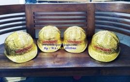 Helm ukir perak, helmukir pulau intan, helmukir lapis mas, helm ukir, helm tatah, pengrajin helm ukir kotagede, toko helm perak, helm ukir silver, helm tembaga, helm kuningan, helm alumunium, engraved hard hat, engraved hard hat for sale, engraved aluminum hard hat, brass hard hats, copper hard hats, engraved silver hard hat, personalized hard hats, carved hard hat, Carved helmet, hand carved hard hats, engraved hard hats indonesia, Silver carving helmet, custom engraved hard hat, helm ukir lapis mas pulau intan, helm ukir pertambangan laut, helm ukir pertambangan darat, helm ukir pertambangan gas, helm tambang, helm ukir pertambangan batubara