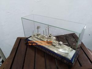 miniatur perak kotagede, kapal, miniatur kapal kri fatahillah, miniatur kapal bahan silver,miniatur silver kotagede,miniatur perak kotagede, kerajinan miniatur silver, miniatur viligri